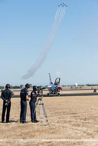 F20151002a145652_3927-Thunderbirds-F-16-show
