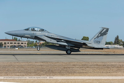 F20151002a104524_2783-F-18-taking-off-waving