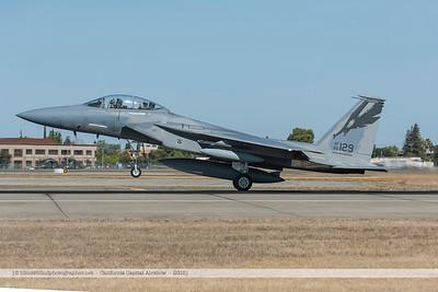 F20151002a104524_2783-F-18-taking-off-waving