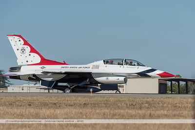 F20151002a102826_2729-F-16-Thunderbirds-take-off-waving