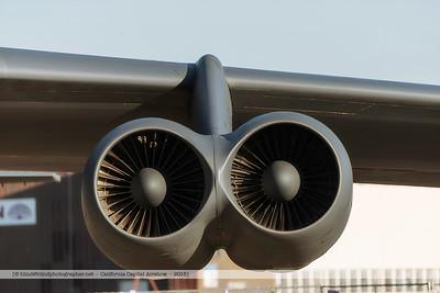 F20151002a080740_2514-B-52