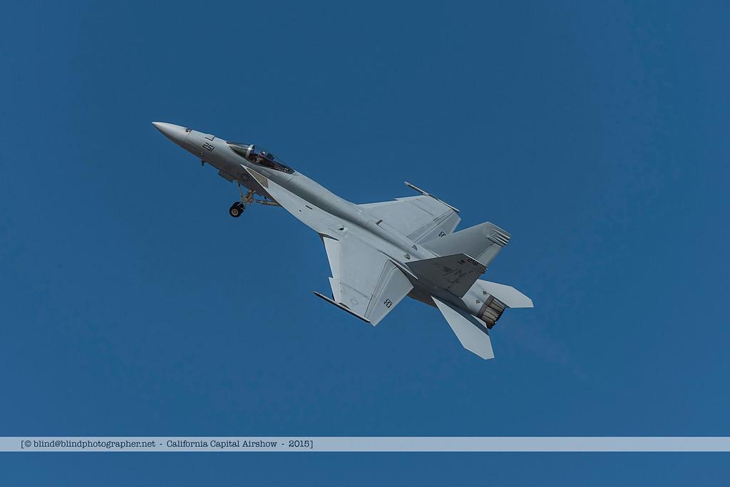 F20151002a123248_3078-F-18-solo demo