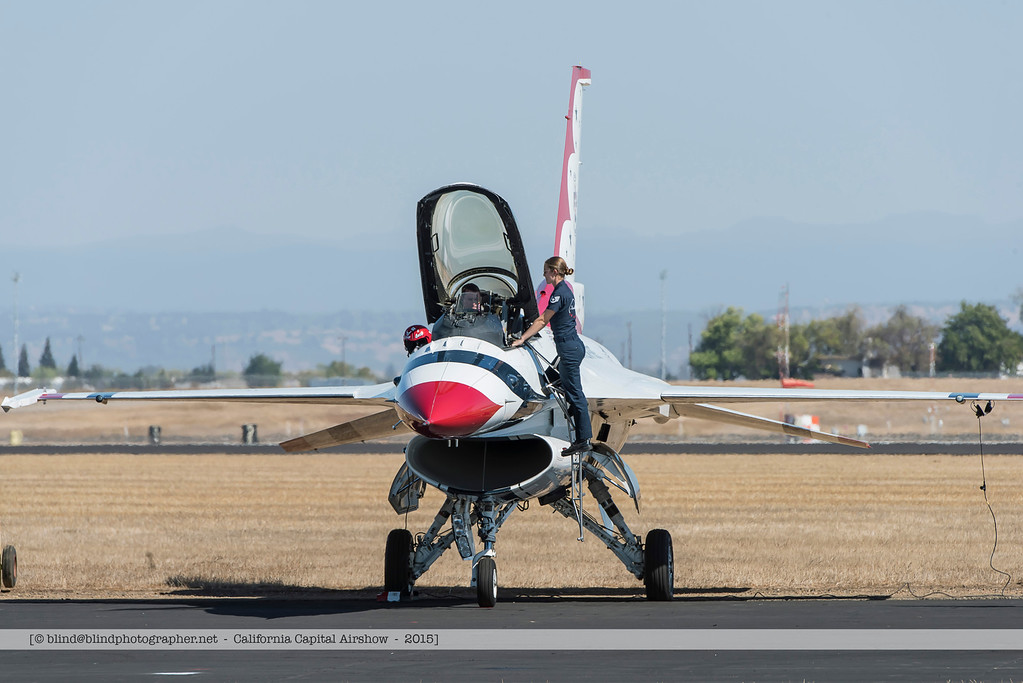 F20151002a140940_3620-Thunderbirds-F-16-getting ready for take-off