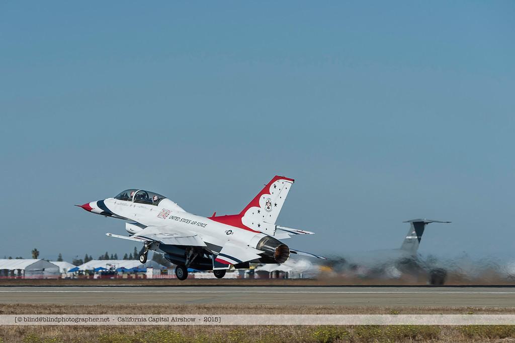 F20151002a103253_2744-F-16-Thunderbirds-take-off