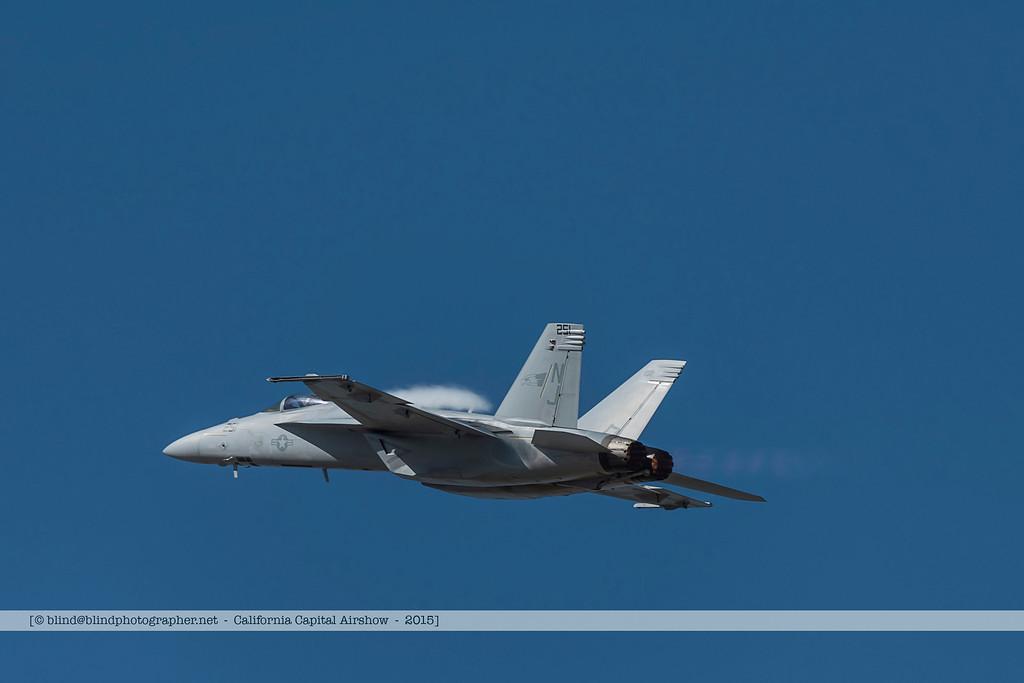 F20151002a123730_3190-F-18-solo demo
