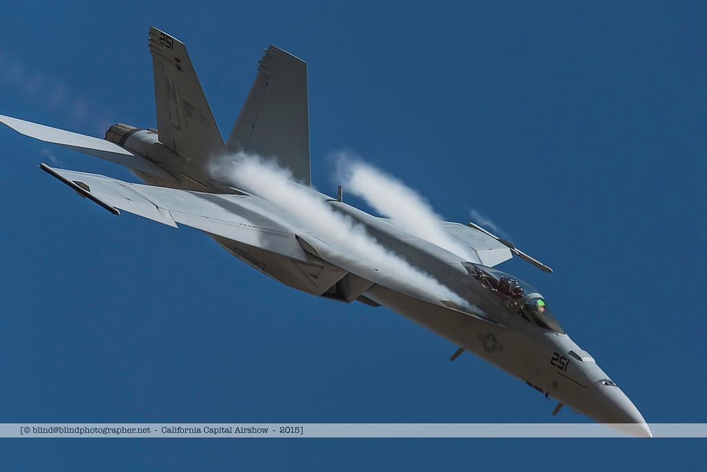 F20151002a124110_3264-F-18-solo demo