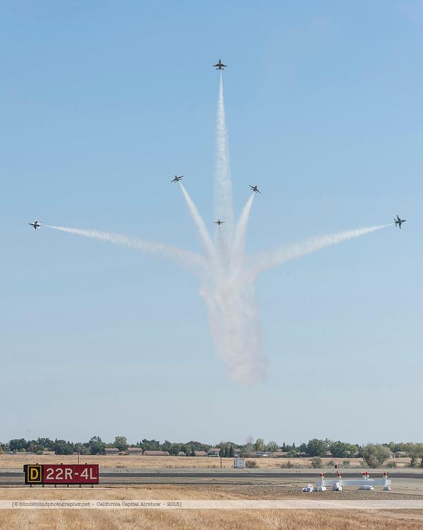 F20151002a150018_3957-Thunderbirds-F-16-show