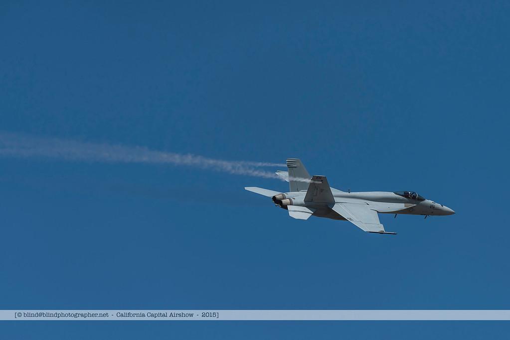 F20151002a123910_3233-F-18-solo demo