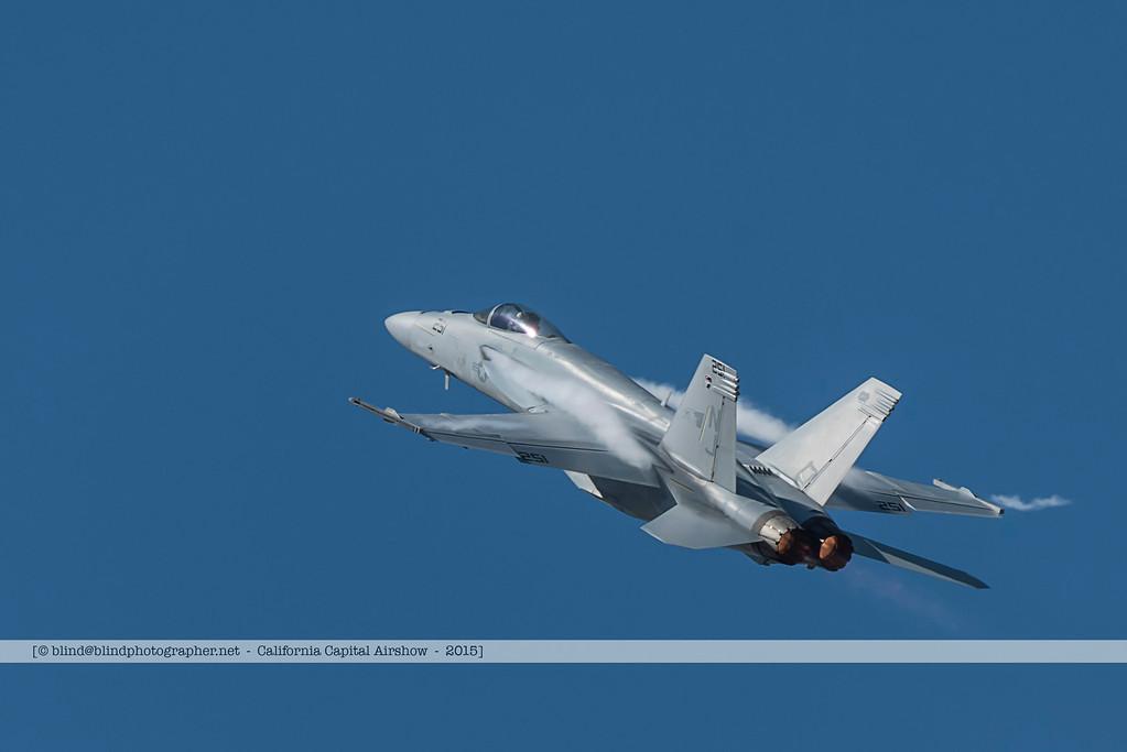 F20151002a123736_3194-F-18-solo demo