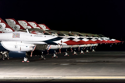 F20151002a061542_2253-Thunderbirds-F-16-in the night-aligned-settings