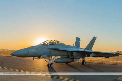 F20151003a072243_4679-F-18-Super Hornet-in the morning