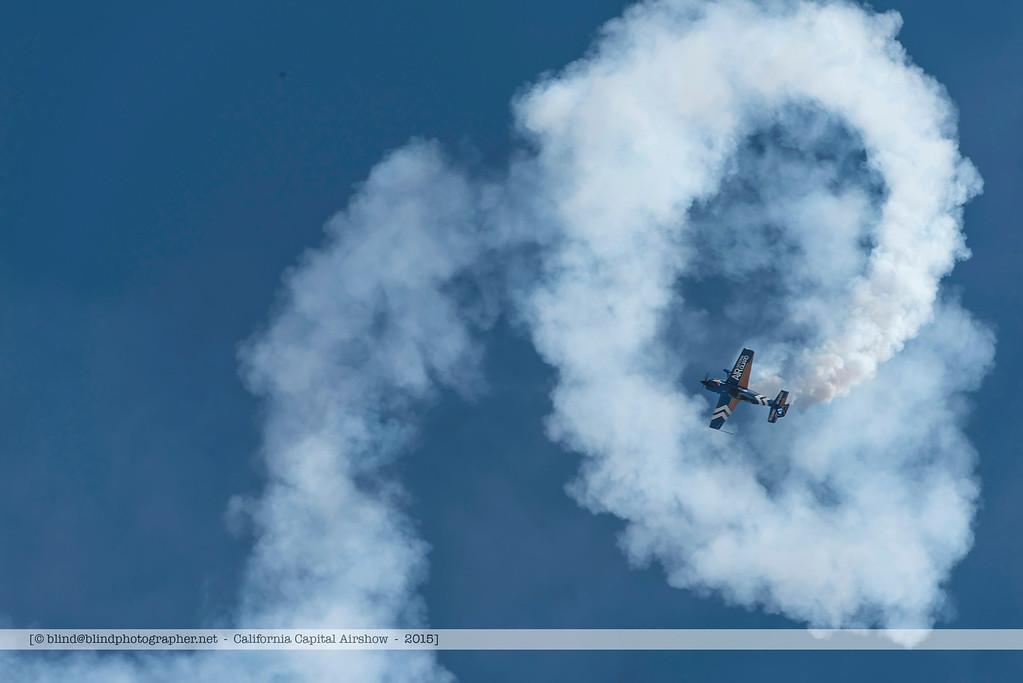 F20151003a120429_5018-National Air Guard-aerobatics