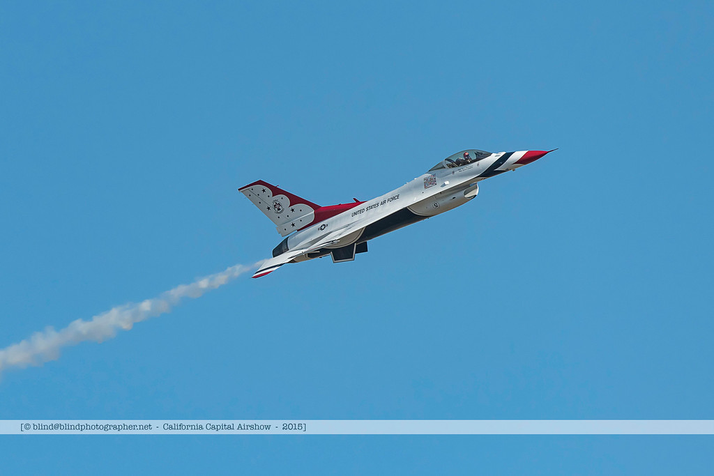 F20151003a160217_6526-F-16-Thunderbirds