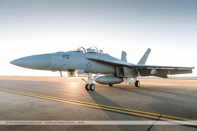 F20151003a072124_4669-F-18-Super Hornet-in the morning
