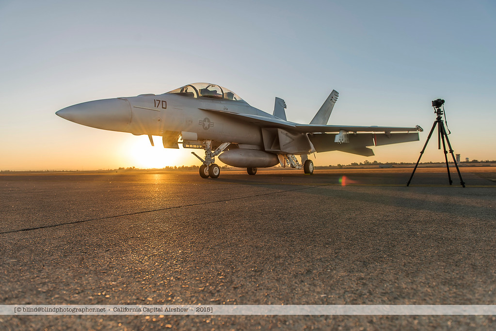 F20151003a072132_4671-F-18-Super Hornet-in the morning