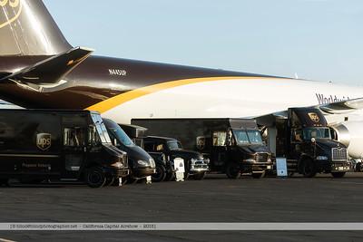 F20151003a074840_4761-UPS-plane and trucks