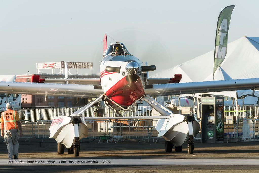 F20151003a080000_4785-single engine plane on floaters