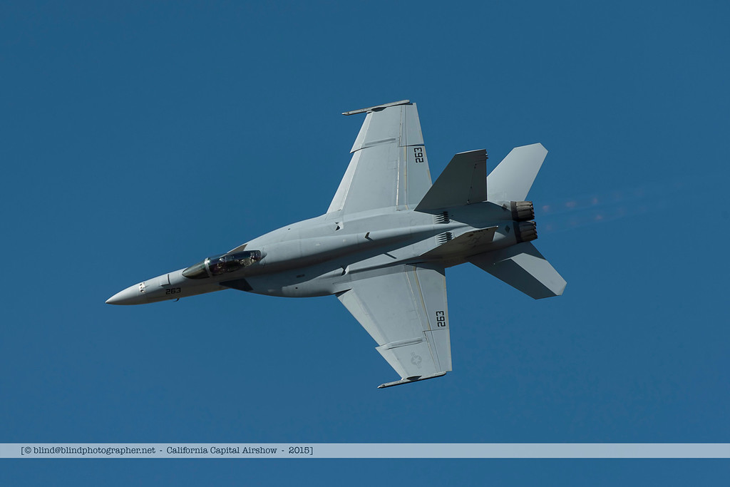 F20151003a130358_5515-F-18-sideway turn-settings