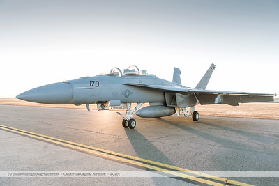 F20151003a072116_4666-F-18-Super Hornet-in the morning