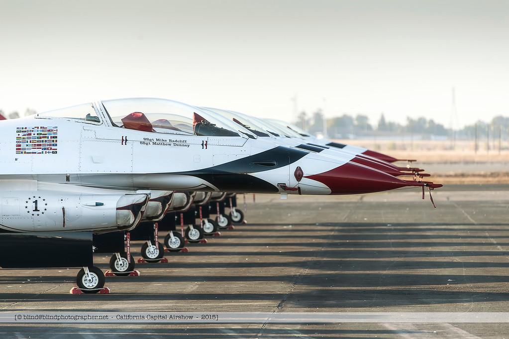 F20151003a080555_4796-F-16-Thunderbirds