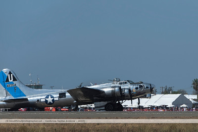 F20151004a123718_6933-B-17-taxiing