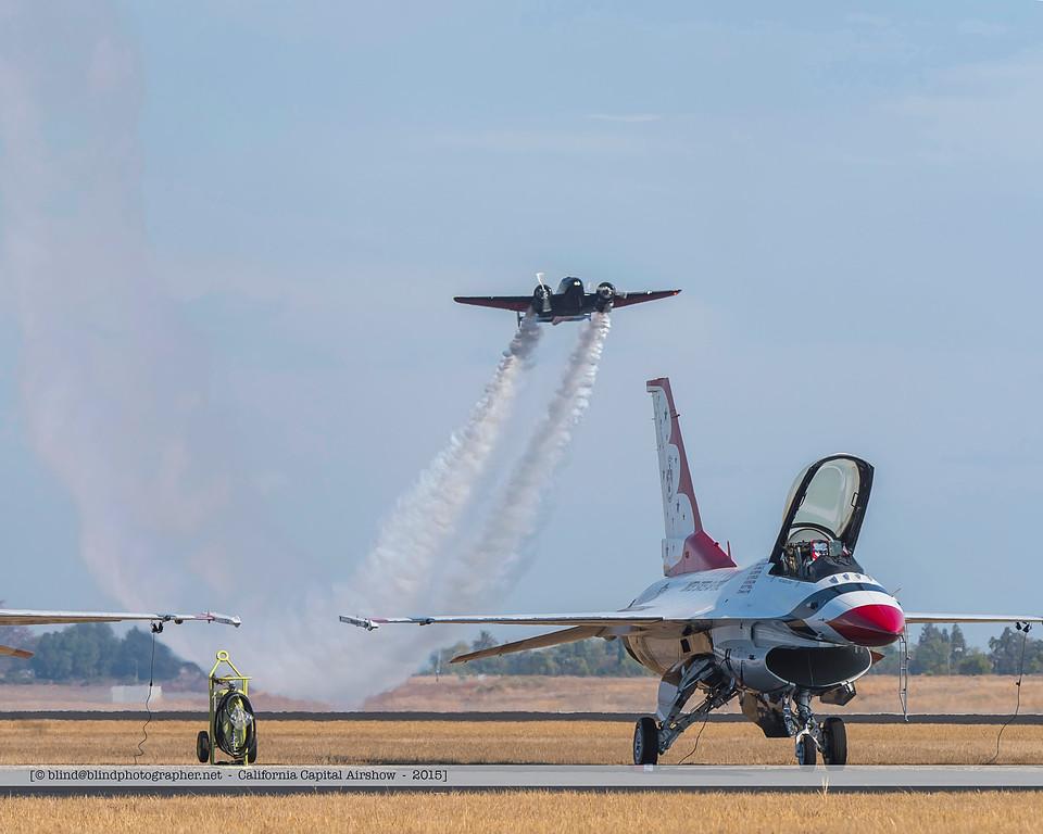 F20151004a140116_7657-Beech 18-Matt Younkin-F-16-Thunderbirds