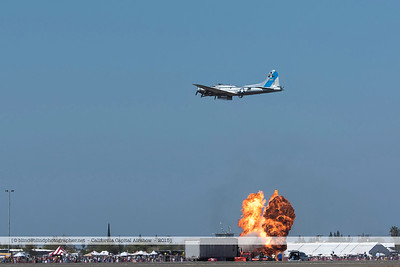 F20151004a122438_6831-B-17-in flight-explosion