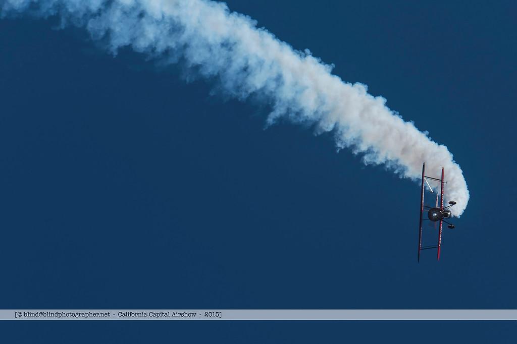 F20151004a123906_6957-Screamin' Sasquatch Jet Waco-Jack Link's-sideways-smoke trail-settings