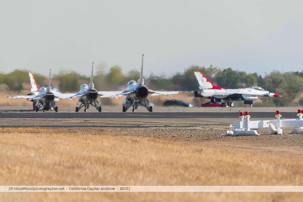 F20151004a142943_7810-F-16-Thunderbirds-on the ground-take-off ceremony