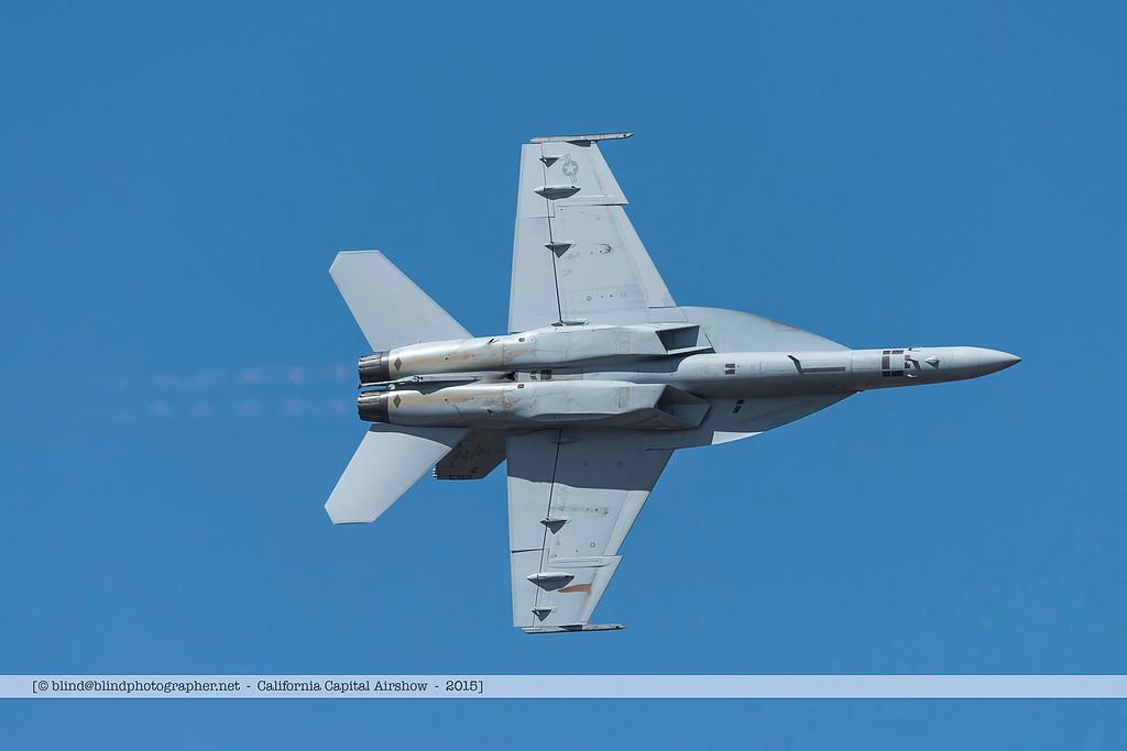 F20151004a130350_7156-F-18-in flight