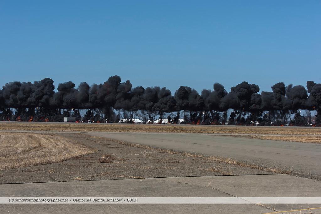 F20151004a123001_6870-wall of smoke