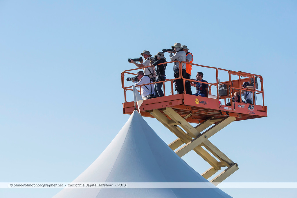 F20151004a151810_8057-photographers on lift platform