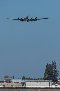 F20151004a123214_6887-B-17-in flight-front