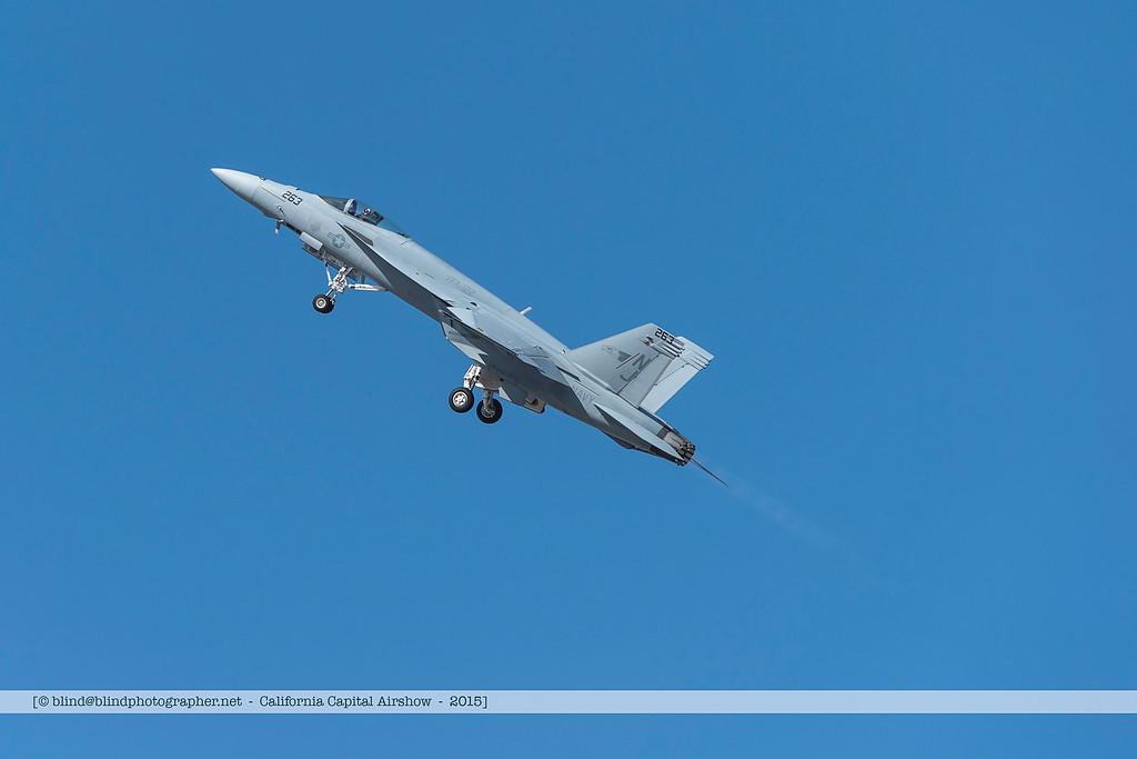F20151004a125300_7020-F-18-in flight