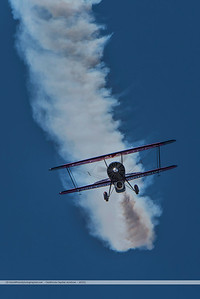 F20151004a124634_7008-Screamin' Sasquatch Jet Waco-Jack Link's-smoke trail-facing-settings