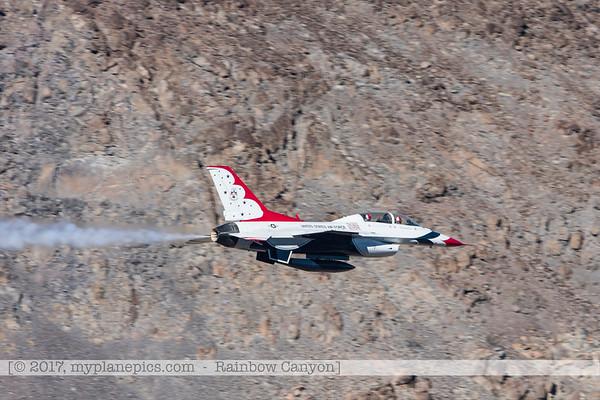 F20170131a133117_0201-Rainbow Canyon-F-16-Thunderbirds-No7