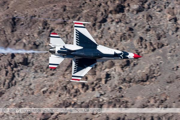 F20170131a133109_0193-Rainbow Canyon-F-16-Thunderbirds-No7