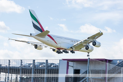 F20171006a122054_9133-Emirates-Airbus 380-A6-EDL