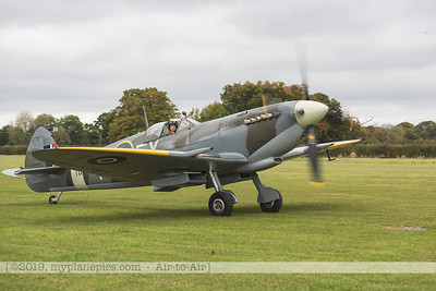 F20171014a112027_9912-Spitfire HF9 TD314-Charlie Brown-taxiing
