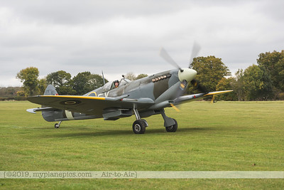 F20171014a112026_9909-Spitfire HF9 TD314-Charlie Brown-taxiing
