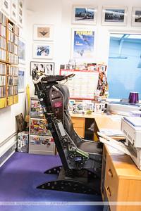 F20171014a075316_2701-bureau à Steve Comber-fauteuil-siège éjectable d'avion