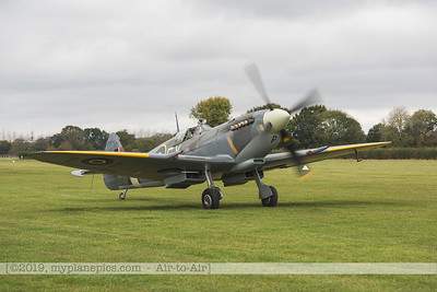 F20171014a112024_9906-Spitfire HF9 TD314-Charlie Brown-taxiing