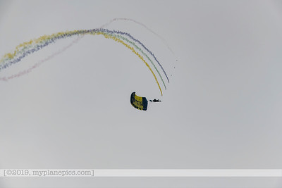 "F20180310a153056_7704-U S  Navy Parachute Team, ""The Leap Frogs"""