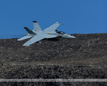 F20181107a104706_2799-VFA-113-Strike Fighter Squadron 113-Stingers-F-18F Super Hornet-300-crop