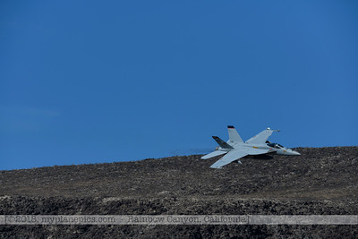 F20181107a104706_2799-VFA-113-Strike Fighter Squadron 113-Stingers-F-18F Super Hornet-300