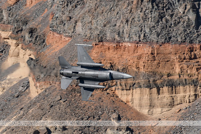 F20181108a124419_1206-BEST-General Dynamics F-16 Fighting Falcon-Belly