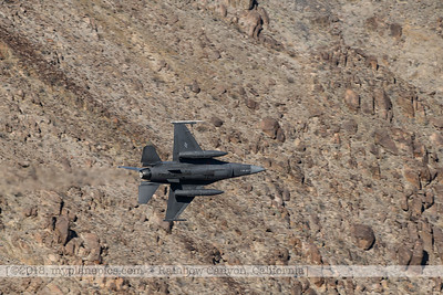 F20181108a124421_1219-General Dynamics F-16 Fighting Falcon-Belly