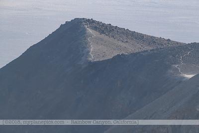 F20181108a082455_0987-paysage-montagnes-tempête de sable-Death Valley