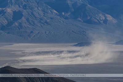 F20181108a082610_0992-paysage-montagnes-tempête de sable-Death Valley
