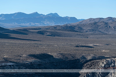 F20181109a151546_1702-paysage,Death Valley-montagnes